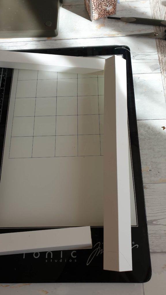 Rahmen aus Papier